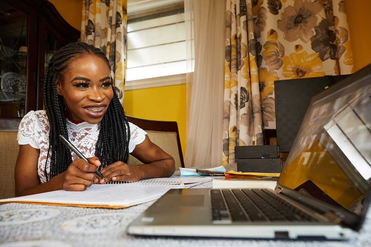 Dee participates in one of the many videoconference sessions that defined her student experience after the pandemic forced Millersville to close its campus in March.